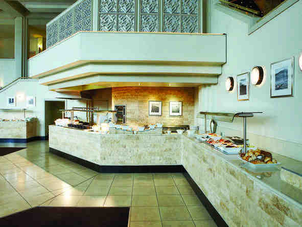 Windhoek Country Club Resort - Dining