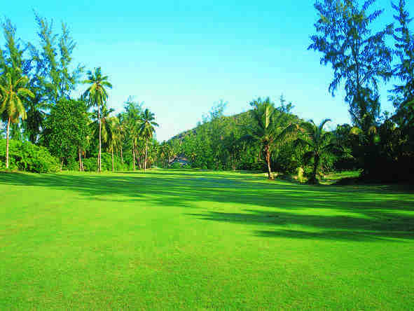 Sun City & Seychelles Golf Expedition