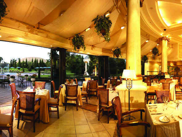 Mondior at Emperors Palace - Dining