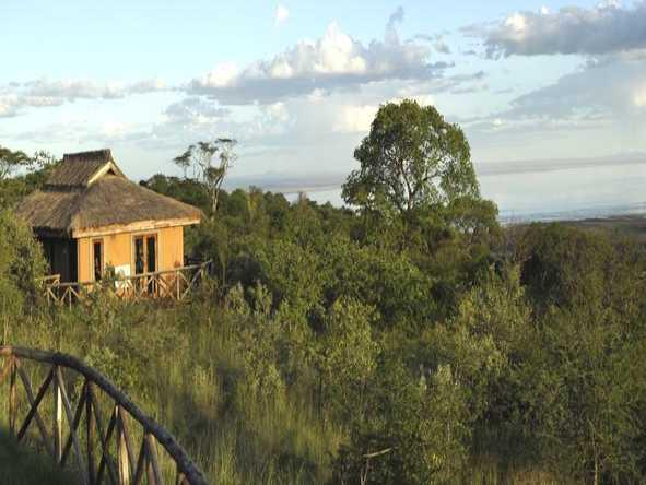 Escarpment Luxury Lodge - Exterior View