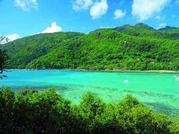 Ephelia Resort - island-style scenery