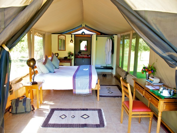 Voyager Ziwani Safari Camp