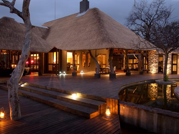 Chitwa Chitwa Game Lodge - Main Lodge