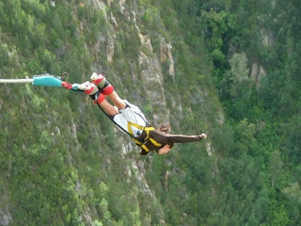 Emma Harrop - bungee at Bloukrans