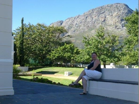 Sharon Kemp - sightseeing in the winelands