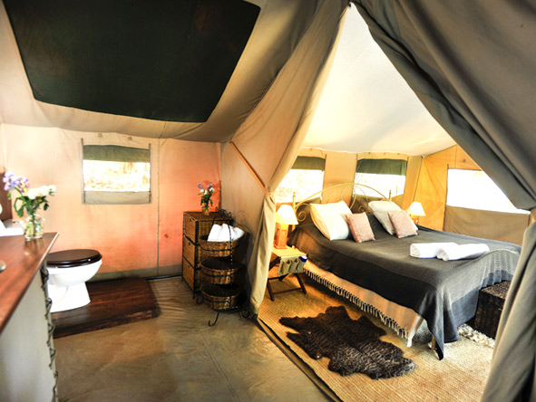 Nairobi Tented Camp - Tent interior