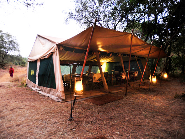 Nairobi Tented Camp - Dining tent