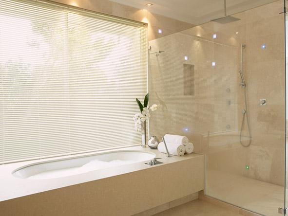 Claredon Bantry Bay - Ensuite bathrooms