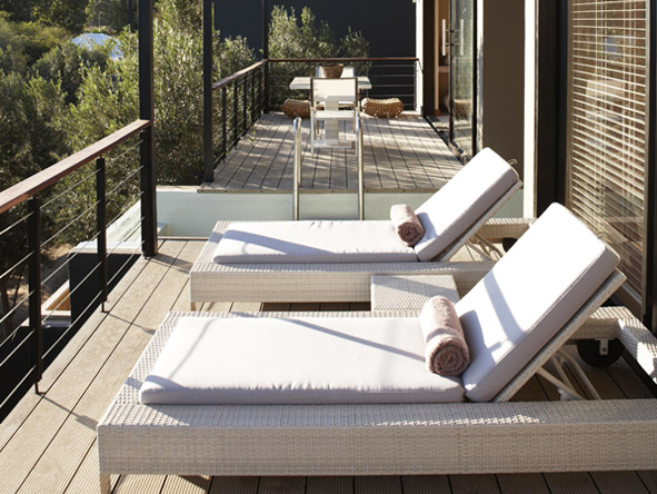 Olive Exclusive - Private deck