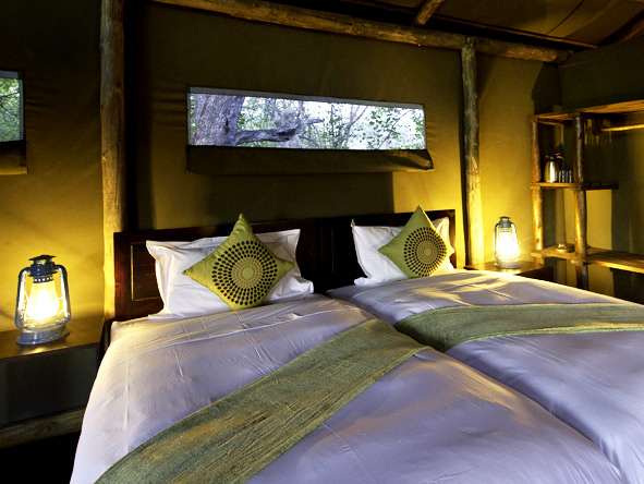 Vic Falls & Botswana Migration Safari - Luxurious tents