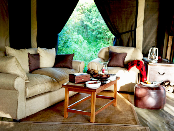 Encounter Mara - Comfortable, cosy lounge