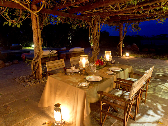 Segera Retreat - Candlelit dinners