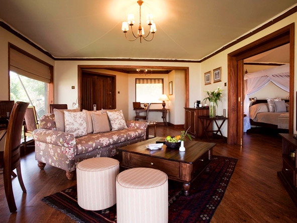 Lake Elmenteita Serena Camp - Spacious lounge