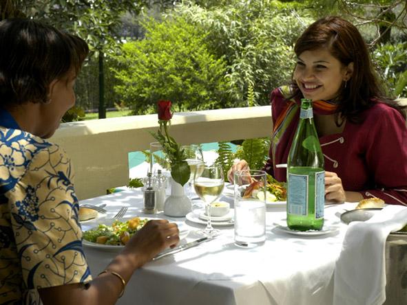 Nairobi Serena Hotel - Casual dining
