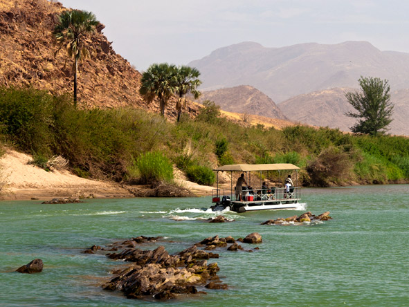 Okahirongo River Camp - Boat cruise