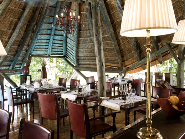 Selous Luxury Camp - Colonial-style