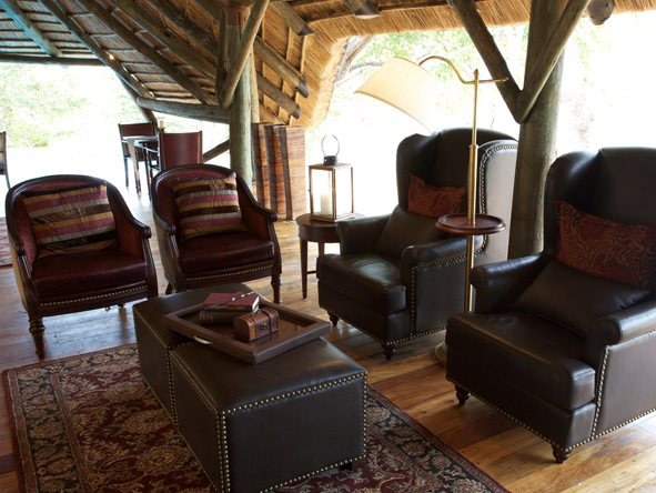 Selous Luxury Camp - Camp library