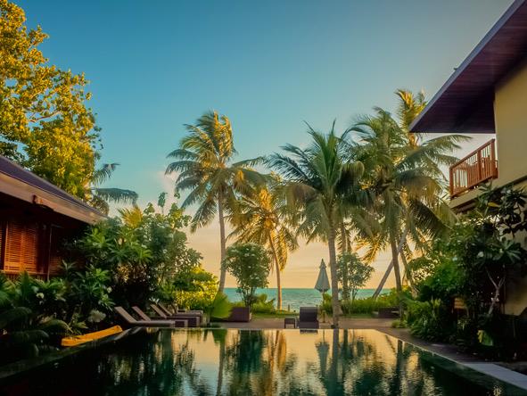 Dhevatara Beach Hotel - Small hotel