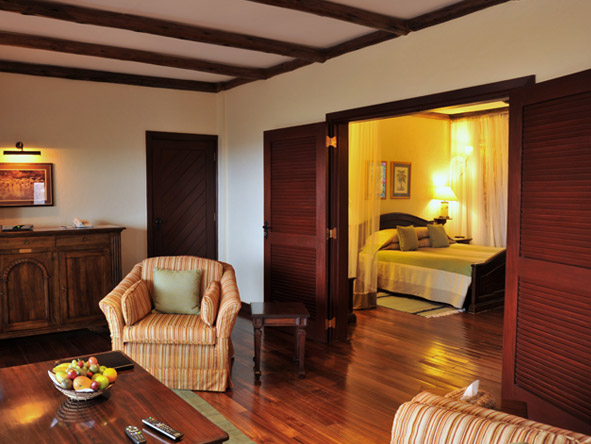 Kilaguni Serena Safari Lodge - Luxurious suites