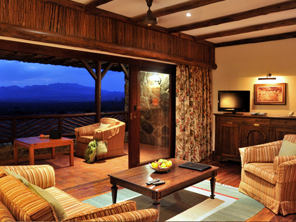 Kilaguni Serena Safari Lodge - Private terraces