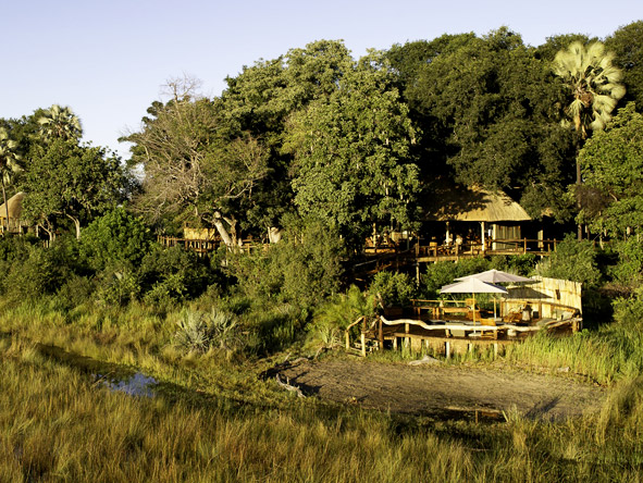 Thrilling Vic Falls & Botswana Safari - Intimate camps