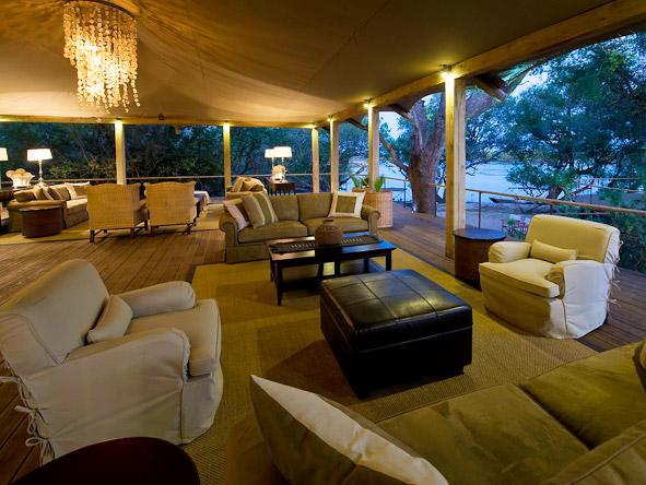 Toka Leya - Comfortable lounge