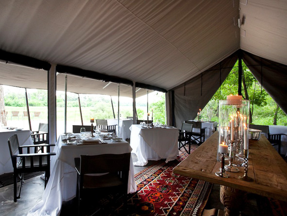 Machaba Camp - tented dining room