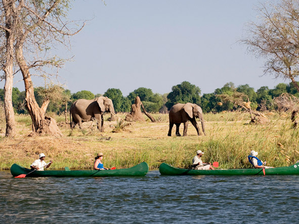 Zambia's Mana Pools and Zimbabwe's Kafue - Canoe safaris