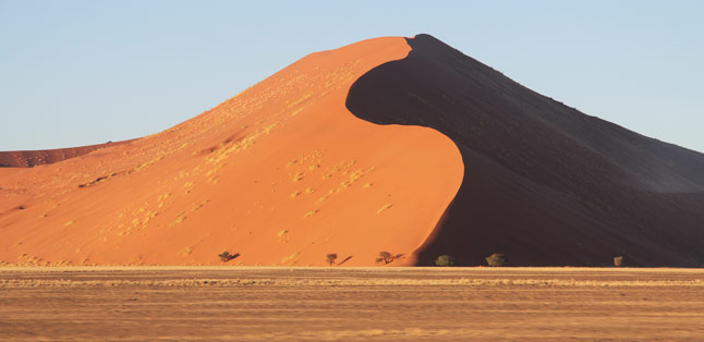 Sossusvlei, Namibia - the biggest dunes in the world