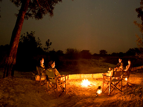 Chikoko Tree Camp - Boma drinks