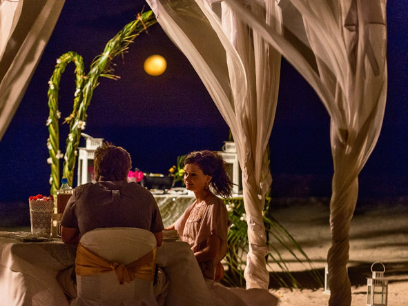 Mapenzi Beach Club - Romantic dinners