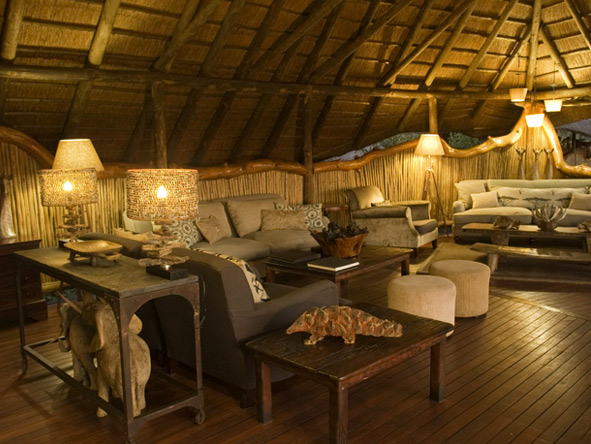 Chitabe Camp - African ambience