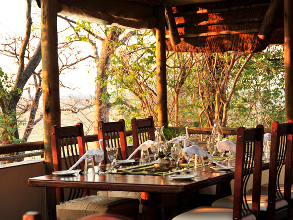Muchenje Safari Lodge - Delicious dinners