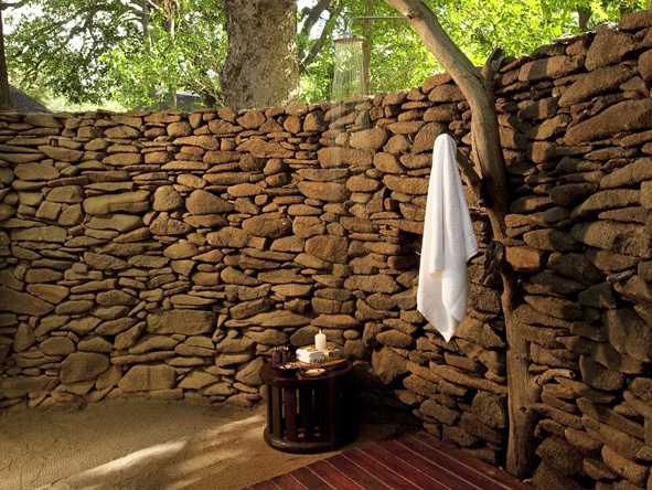 Lion Sands River Lodge - Outdoor shower