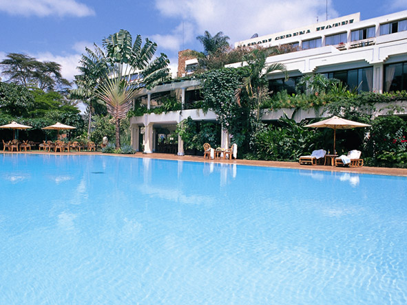 Nairobi Serena Hotel - Swimming pool