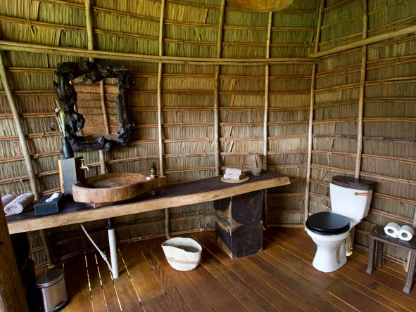 Ngaga Camp - En suite facilities