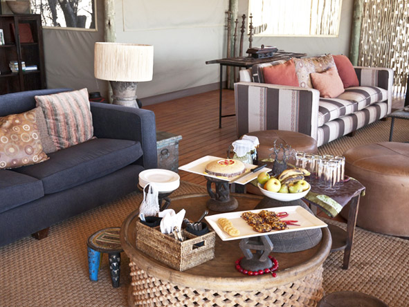 Kalahari Plains Camp - Afternoon high tea