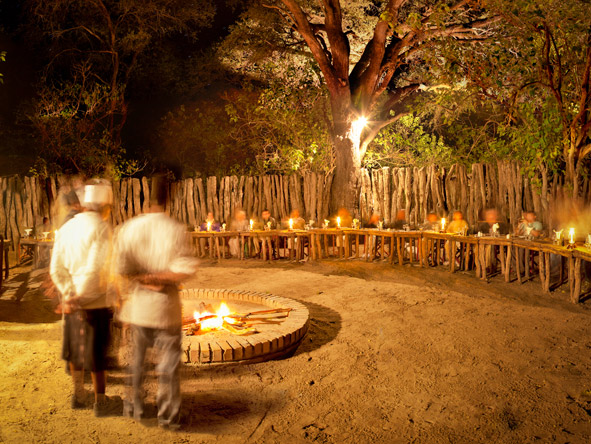 Khwai River Lodge - Communal open-air boma