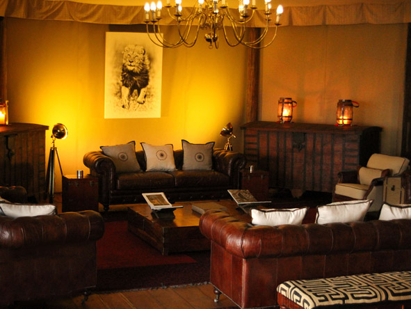 Mara Plains Camp - Comfortable lounge