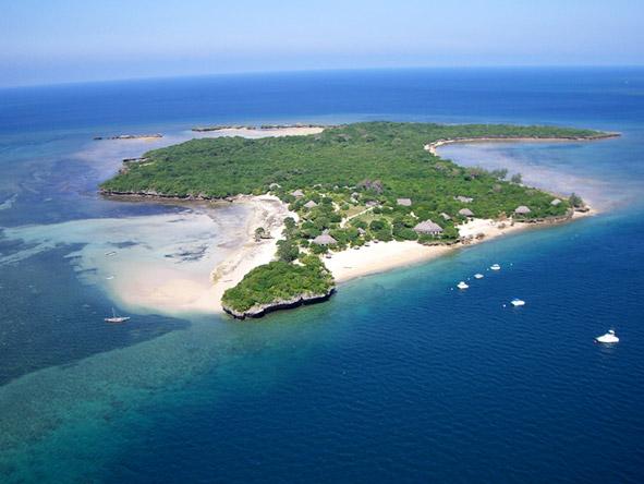Azura @ Quilalea Private Island - Crusoe-chic experience