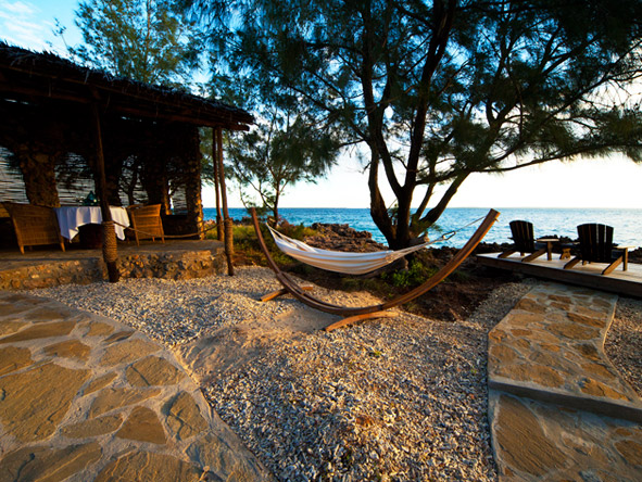 Azura @ Quilalea Private Island - Hammock laziness