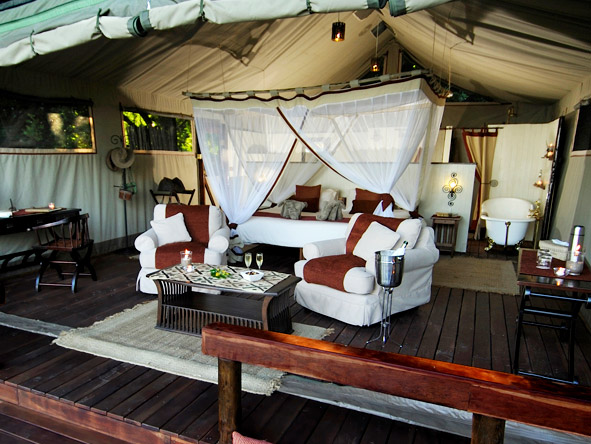 Lower Zambezi accommodation ranges from honeymoon suites & luxury villas to family camps & colonial lodges.