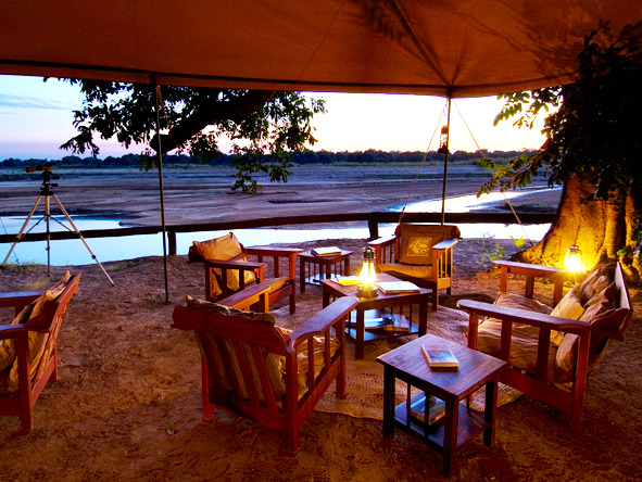 Evenings in the South Luangwa are a time to reflect on the day's sightings & do a little stargazing before dinner.