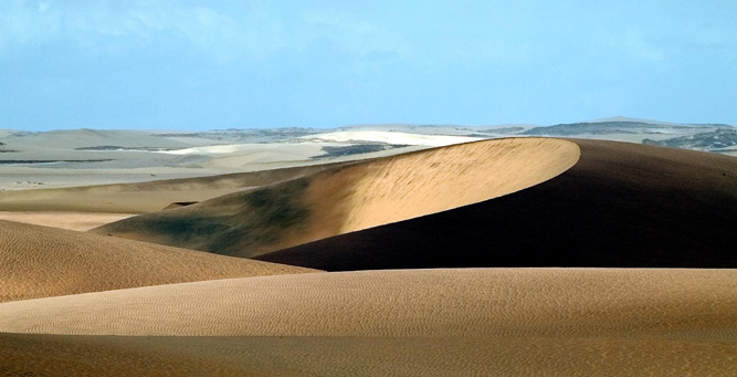 How to Shoot African Landscapes - dune contrasts