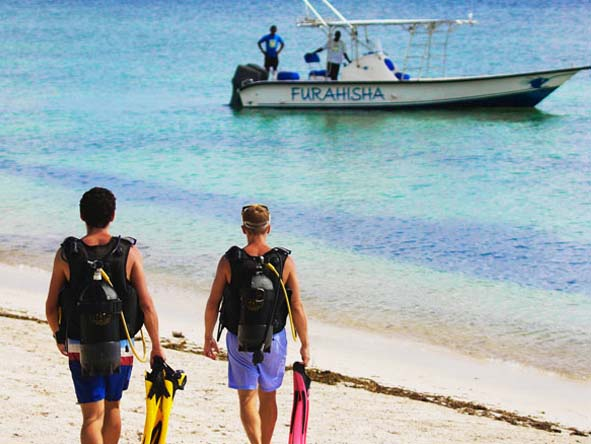Stroll down to the beach from your suite & step aboard the dive boat: it's great diving made simple.
