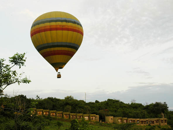 Iconic experiences such as hot air ballooning can still be part of an affordable safari - ask us how!