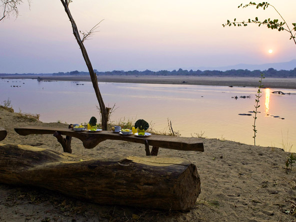 Walk the South Luangwa - Riverside dining