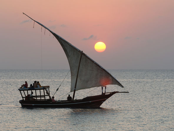 Sultan Sands Island Resort - Sunset dhow cruises