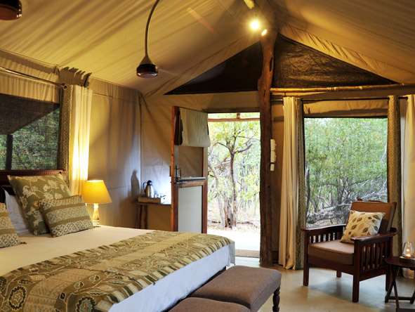 Changa Safari Camp - Spacious canvas tents