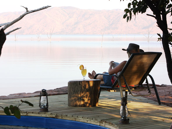 Changa Safari Camp - Lake Kariba backdrop